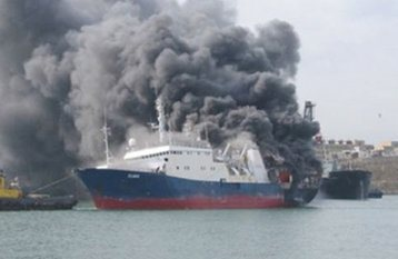 نفتکش روسی در دریای خزر دچار حریق شد