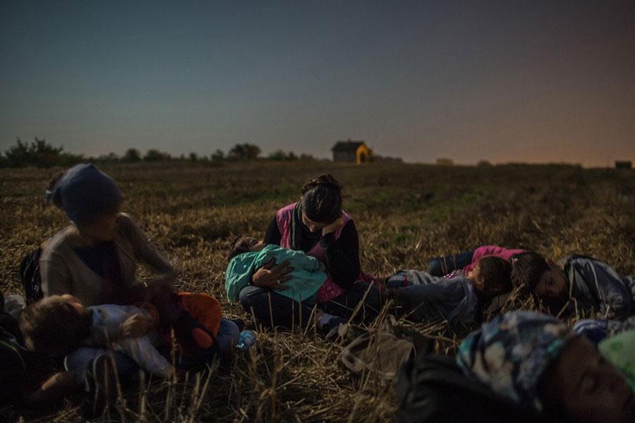 برندگان جایزه عکاسی پولیتزر ۲۰۱۶ | این تصاویر را ببینید