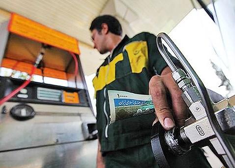 زنگنه: مخالفت وزارت نفت با بنزین دو نرخی؛ فسادآور است