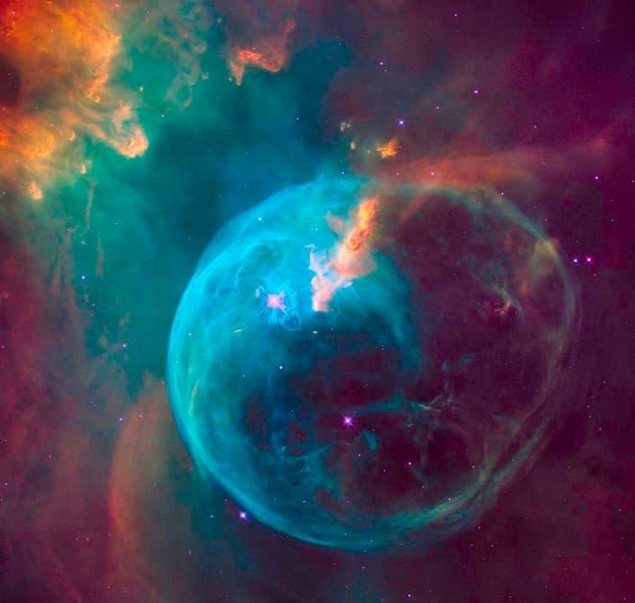 سحابی حباب، هدیه تولد ۲۶ سالگی هابل