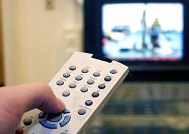 تلاش صدا و سیما برای بازگشت برخی از مجریان ممنوع التصویر به تلویزیون