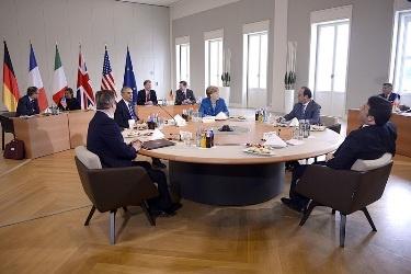 توافق رهبران اروپا و آمریکا برای حفظ تحریمها علیه روسیه