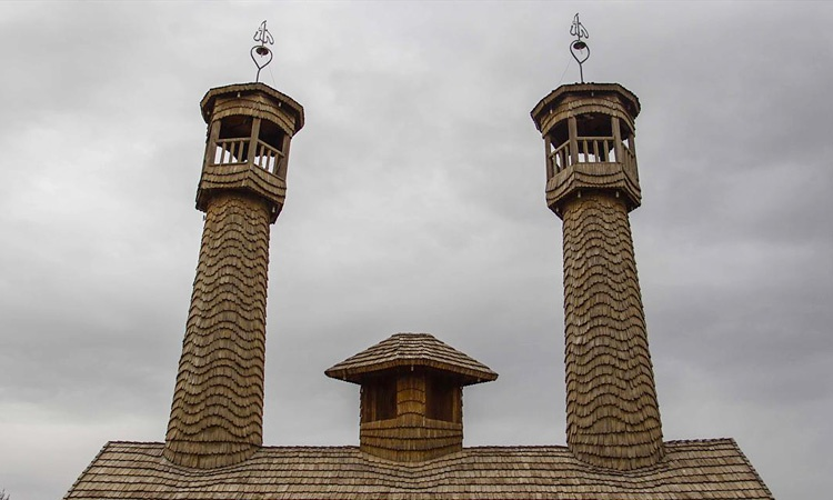 دهکده و مسجد چوبی نیشابور