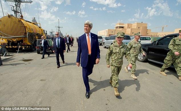 دیدار غیر علنی وزیر خارجه آمریکا با مخالفان بحرینی