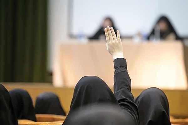 تذکر نمایندگان به وزیر علوم درباره کرسیهای آزاداندیشی