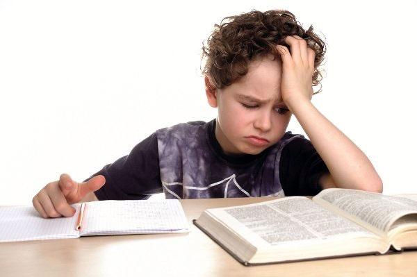 تشخیص زودهنگام کودکان مستعد اختلال خواندن