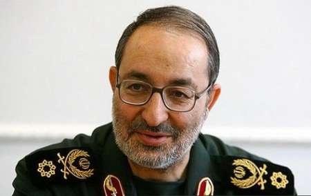 سردار جزایری: سرباز عنصر مهم قدرت کشور است