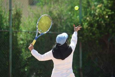 ترانه مهران قهرمان مسابقات تنیس مناطق پنجگانه کشور شد
