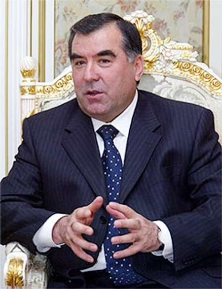 یک دادگاه تاجیکستان: داعش قصد ترور رحمانف را داشت