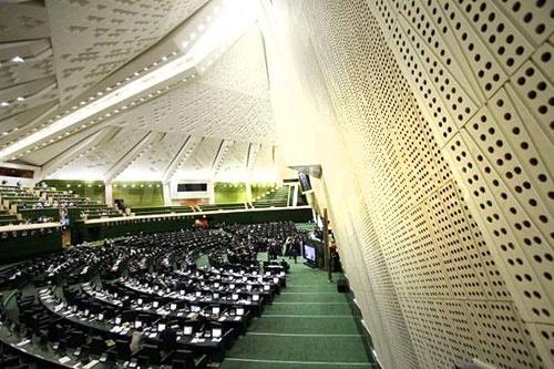 ورود مجلس و دولت به معمای حقوقهای کلان