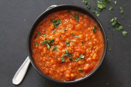آشنایی با روش تهیه سوپ دال عدس؛ مناسب برای افطاری