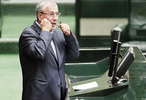 دفاع وزیر کار از حقوق ۲۳۴ میلیون تومانی
