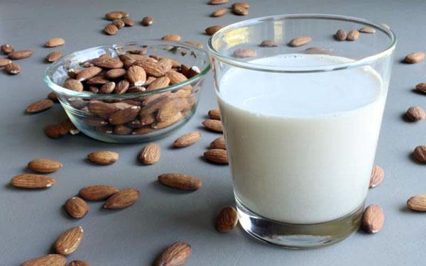 شیر دوست ندارید، شیر گیاهی بخورید