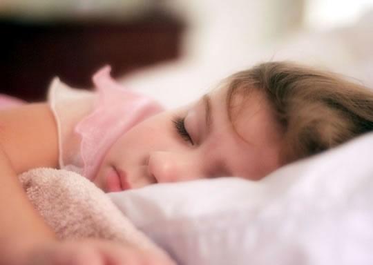 آیا می توانیم خود را به کم خوابی عادت دهیم