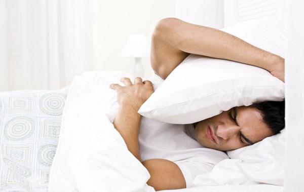 ارتباط به تعویق انداختن کارها و بروز بیخوابی