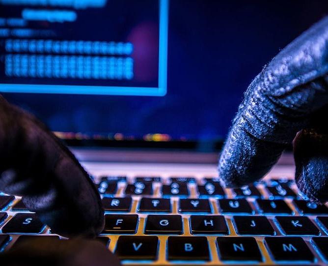 """دزدی اطلاعات به کمک """"فن"""" درون رایانه"""