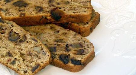 آشنایی با روش تهیه نان موز و خرما