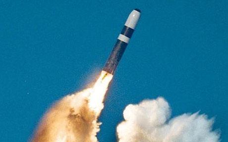 انگلیس مخفیانه کلاهک جدید هستهای میسازد
