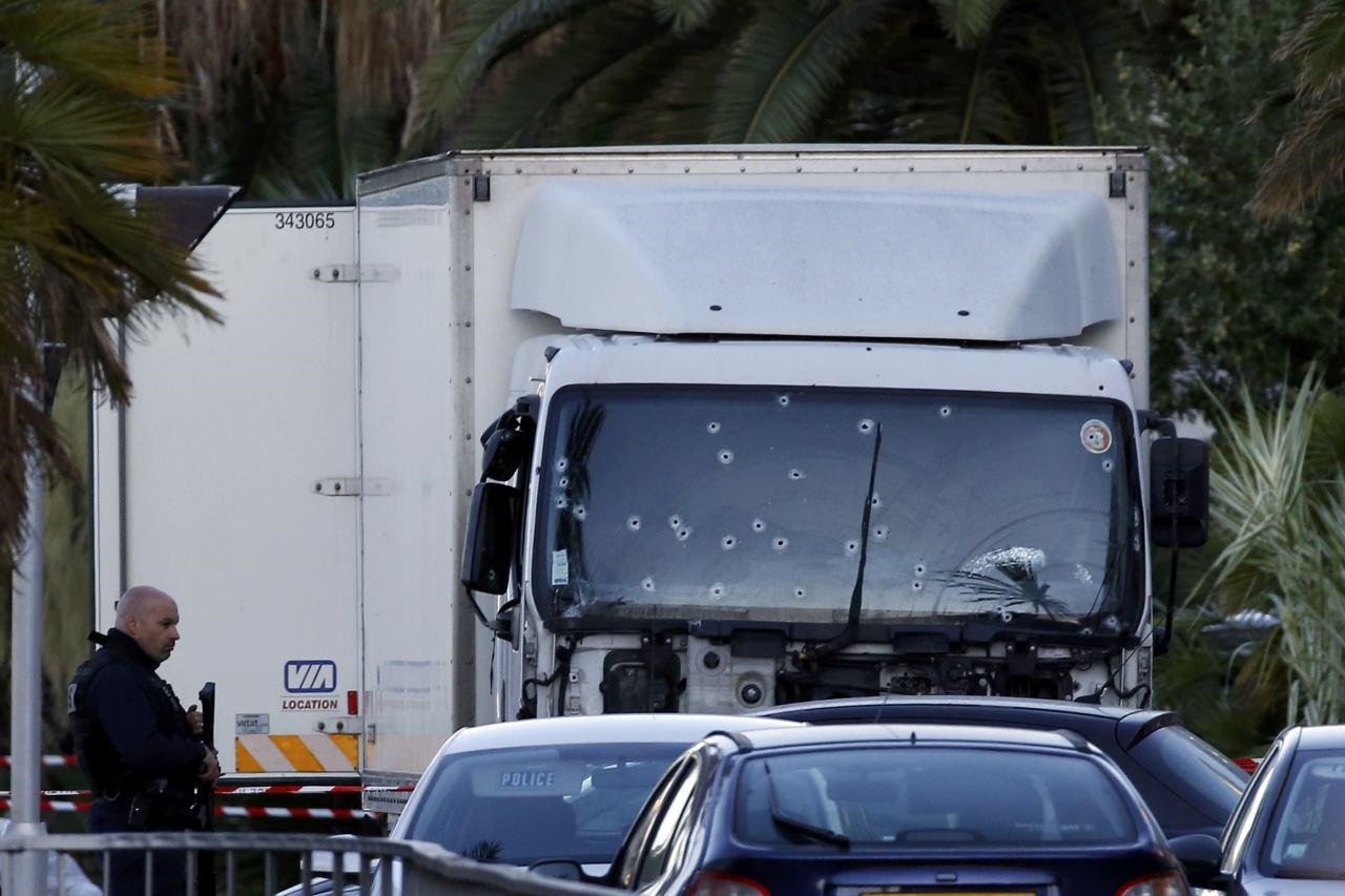 حمله کامیون به مردم در فرانسه