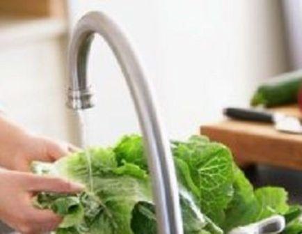 شستن بهترین راه برای کاهش آفتکشها بر روی محصولات کشاورزی