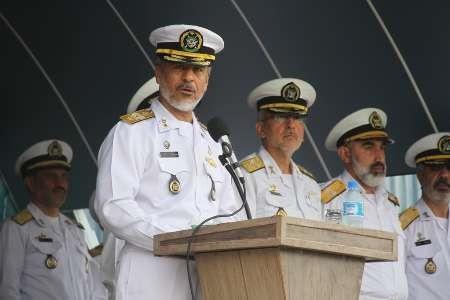 سیاری: تمام تحرک یگانهای بیگانه در دریا کنترل میشود