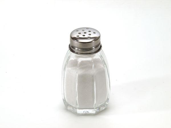 پیشگیری از ابتلا به سرطان معده با کاهش مصرف نمک