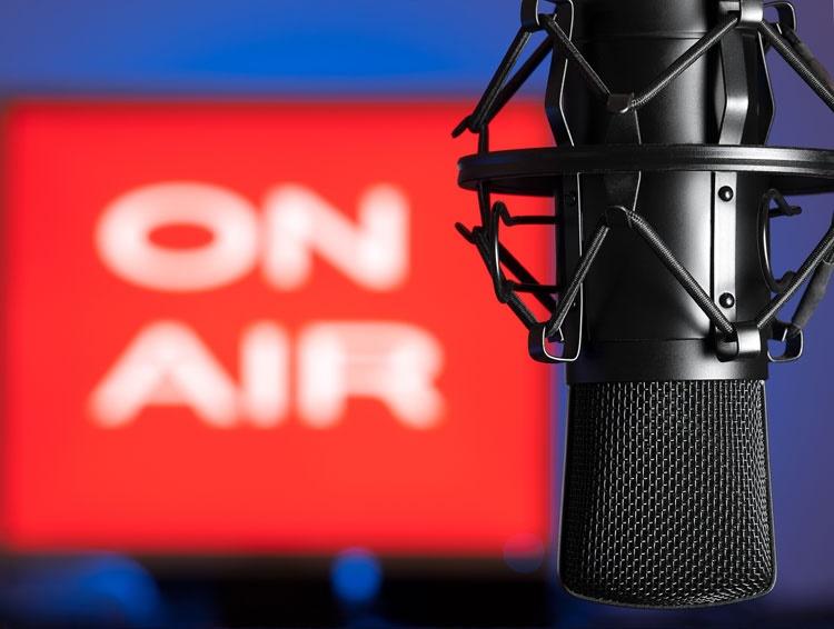 مفاهیم: پخش برنامه رادیو و تلویزیونی بر مبنای خدمات عمومی چیست؟