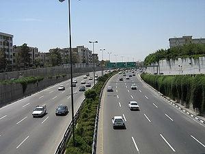 سرعت قانونی تردد در بزرگراههای پایتخت زیر ۱۰۰کیلومتر است
