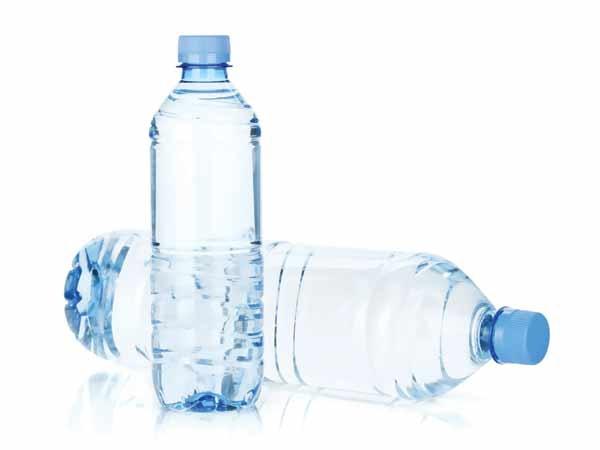 همراه آب معدنی پلاستیک نخورید