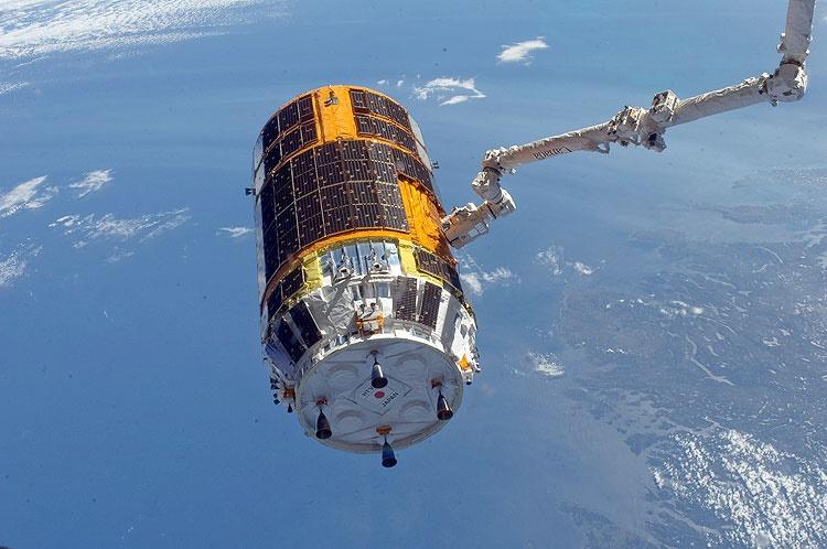 پرتاب فضاپیمای باری ژاپن به تعویق افتاد
