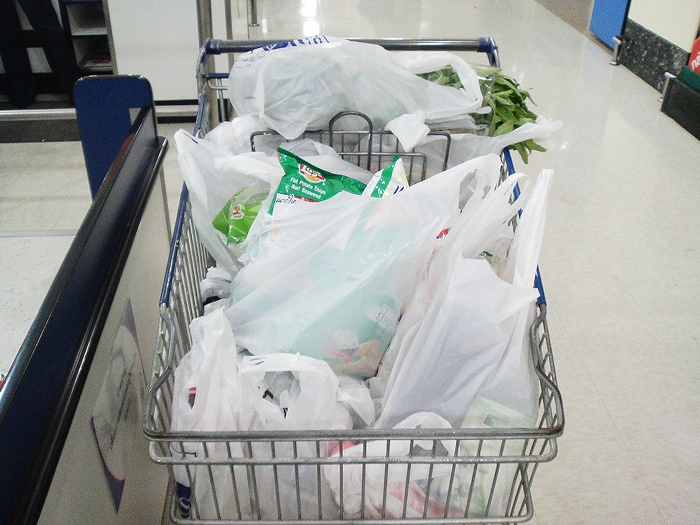 مصرف کیسه پلاستیکی