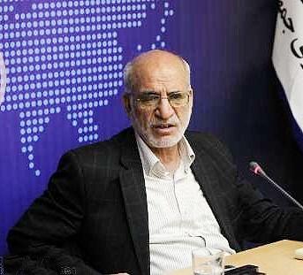 تشخیص انتخاباتی بودن سفرهای احمدینژاد بر عهده شورای نگهبان است