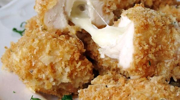 مرغ و پنیر موزارلا