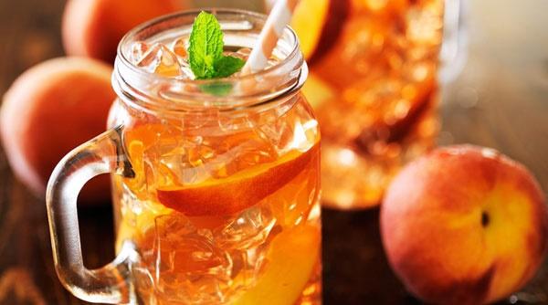 آشنایی با روش تهیه کوکتل هلو و پرتقال