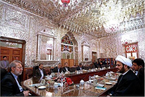 لاریجانی: ایران صد در صد مخالف تجزیه عراق است