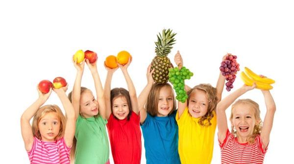 کودکان و میوه
