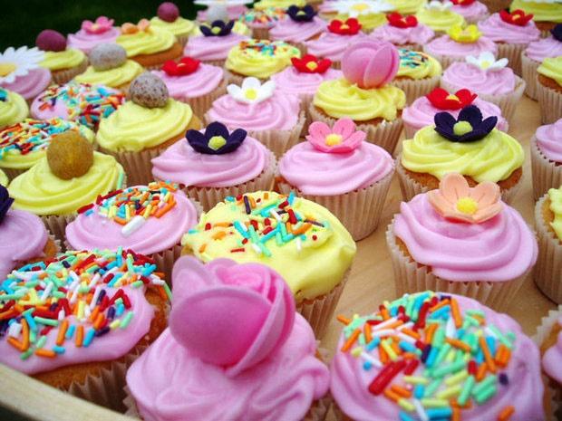 کودکان برای داشتن قلب سالم کمتر شیرینی بخورند