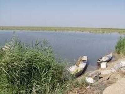 مسدود شدن برخی ورودیهای تالاب هورالعظیم به علت جلوگیری از آلودگی نفتی