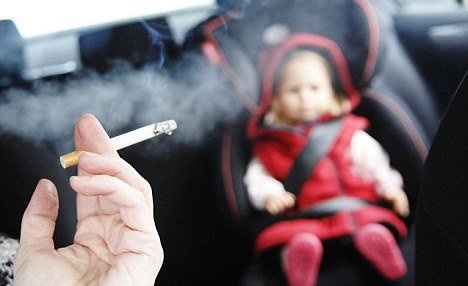 دود سیگار و کودک