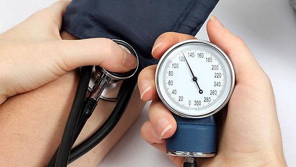افت فشارخون نیز عامل سکته قلبی است