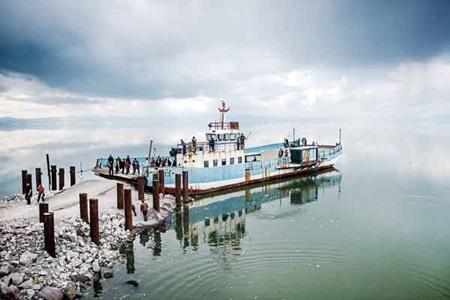 میزان آب دریاچه ارومیه به ۲.۴ میلیارد مترمکعب رسید
