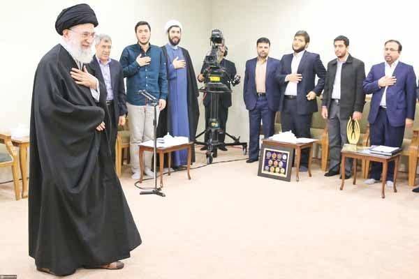 ما همه احمدی روشن هستیم
