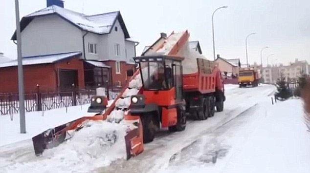 ماشین برفروبی مدرن در روسیه