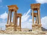 تخریب آمفیتئاتر باستانی پالمیرا توسط داعش
