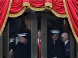 عکس روز: ترامپ وارد میشود