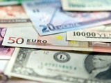 چهارشنبه ۲۹ دی | نرخ دلار بانکی چهار ریال افت کرد، رشد قیمت یورو و پوند