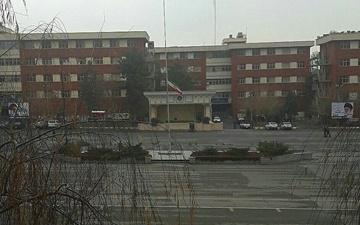 پرچم میدان صبحگاه قرارگاه پدافند هوایی به حالت نیمه افراشته درآمد