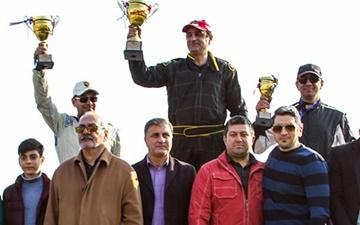 راند آخر مسابقات اتومبیلرانی درگ برگزار شد