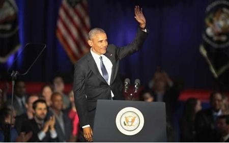 اوباما: هر وقت دموکراسی را بدیهی فرض میکنیم، به خطر میافتد