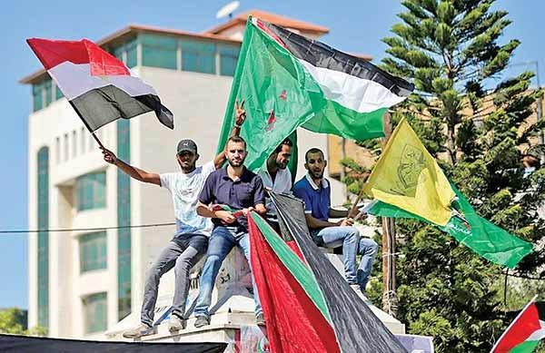 حماس اداره غزه را واگذار کرد